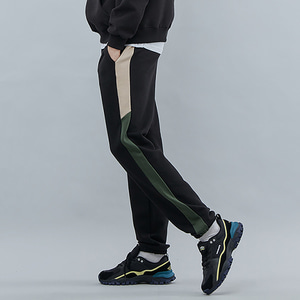 LINE SWEAT JOGGER PANTS BLKKHAKI